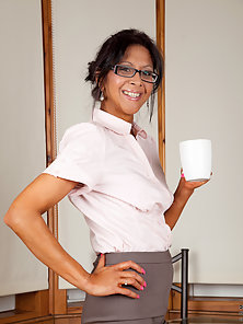 Horny Teacher in Glass Enjoyed Squeezing and Fingering