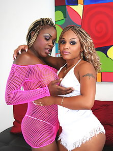 Pink and White Dressed Two Ebony Chick Coco and Yexes Fucked By Glass Dildo