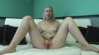Blonde mature lady showing her fabulous pussy and rubbing