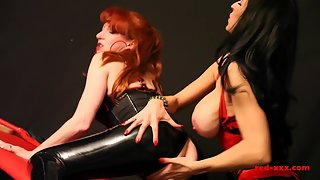 Big Boobs Girls Red Xxx and Her Friend Merged in Sex